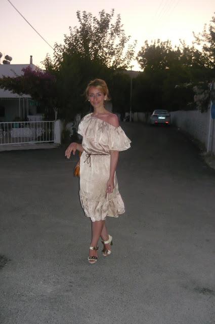 mango pudra elbise