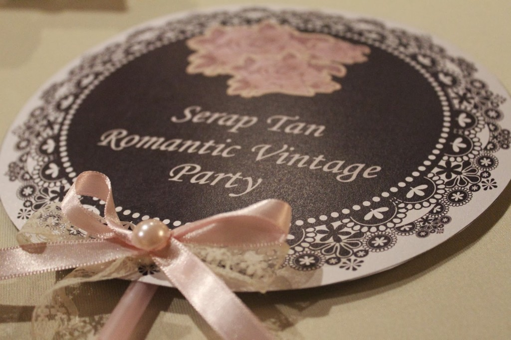 serap tan romantic vintage party