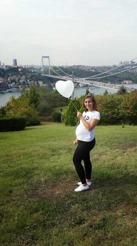 Istanbul + blogger + hamile